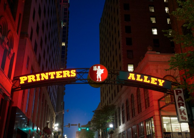 Printers Alley, one stop on the Nashville Music City Legends walking tour